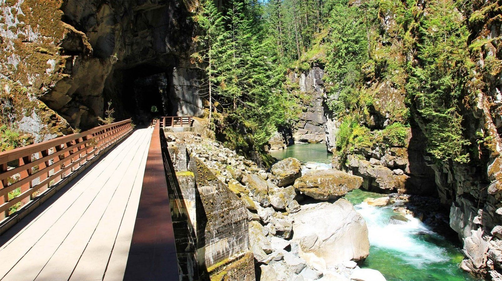 Othello Tunnels in Canada: How long it takes, how to get here