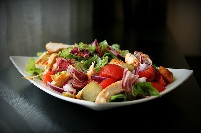 Healthy food: Salad