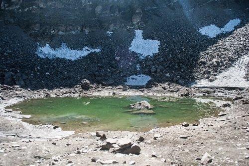 Skeleton Lake Roopkund